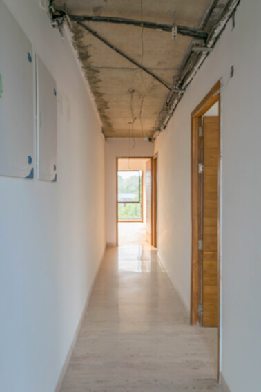 Passage to the 3 Bedrooms