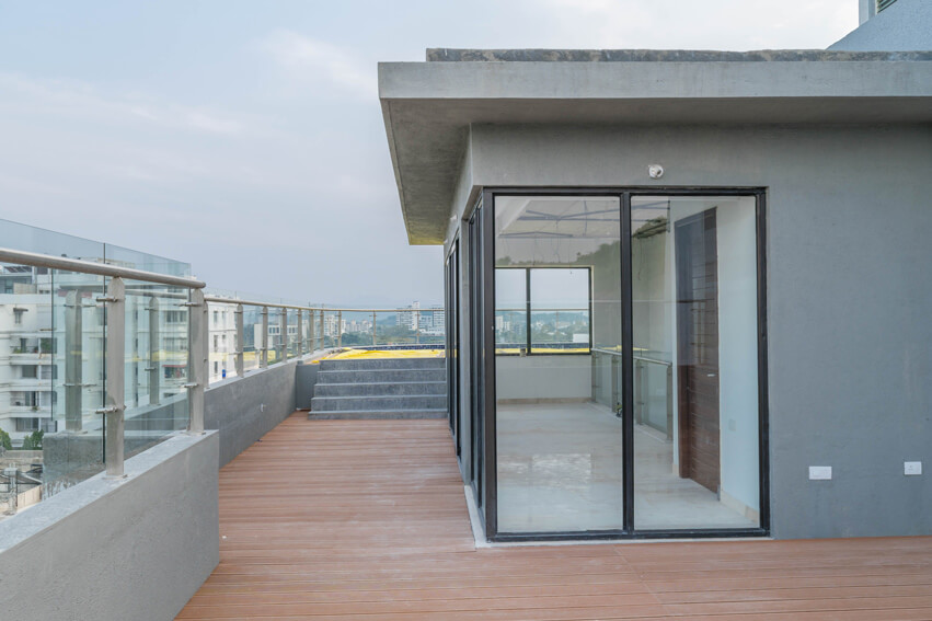 Penthouse Terrace and Extra Room
