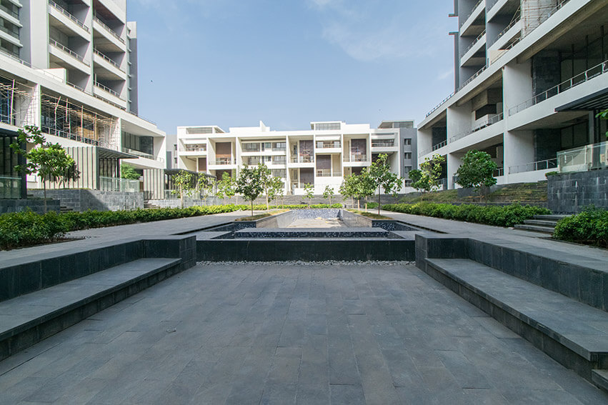 West Court, Chit Chat Patio and 25mtr Swimming Pool